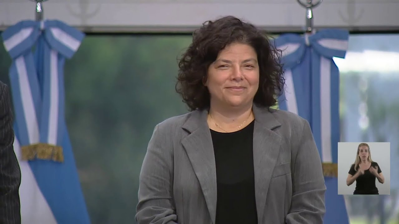 EN VIVO | El presidente Alberto Fernández toma juramento a la ministra de Salud, Carla Vizzotti