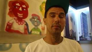 O grafiteiro Galo de Souza fala sobre projeto Avenida Colorida