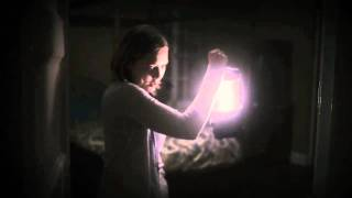 Silent House - Official Trailer Thumbnail