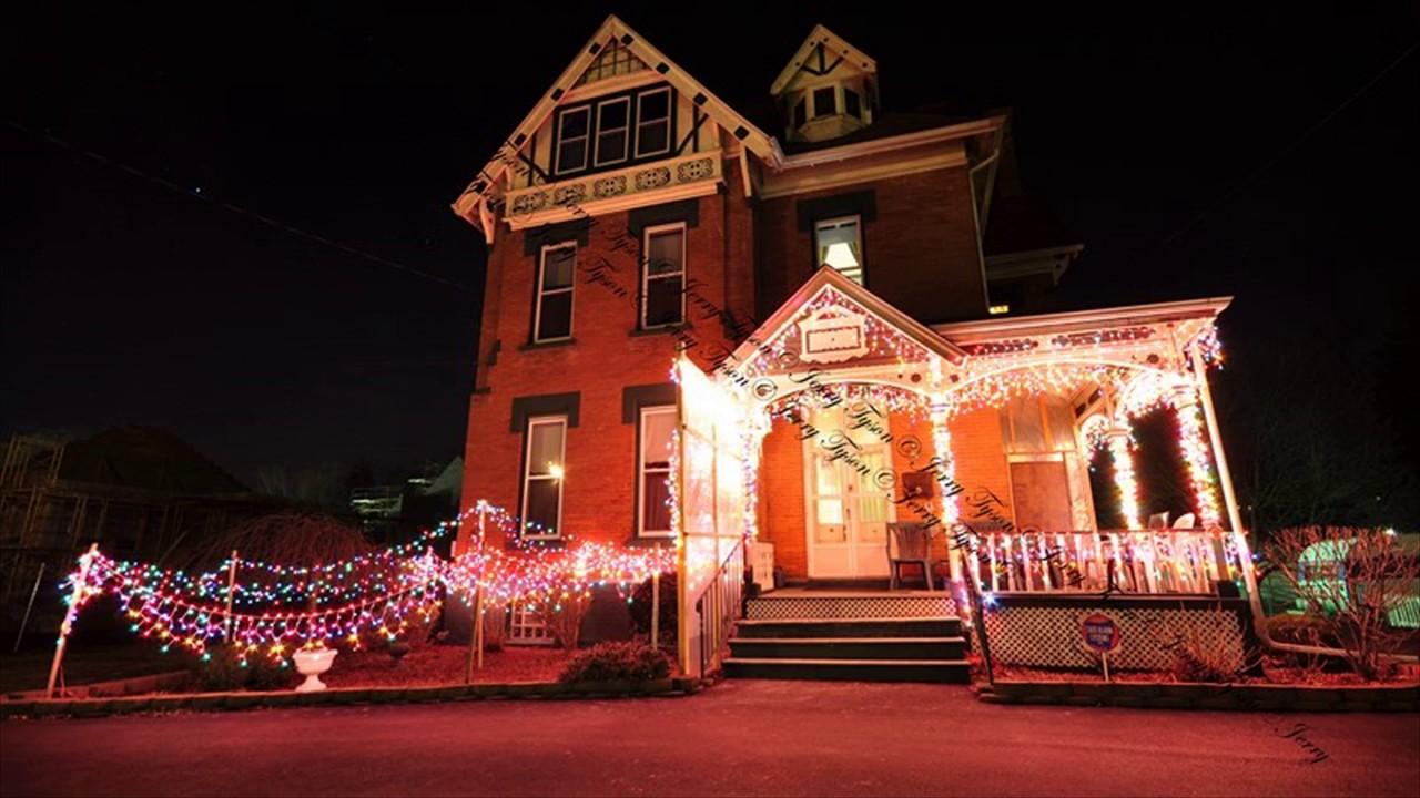 inexpensive artificial christmas lights