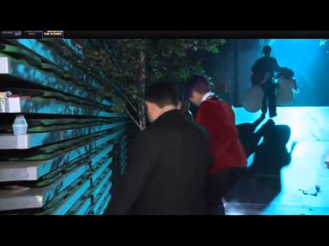 Backstage Footage of 2NE1 at the 2012 Melon Music Awards