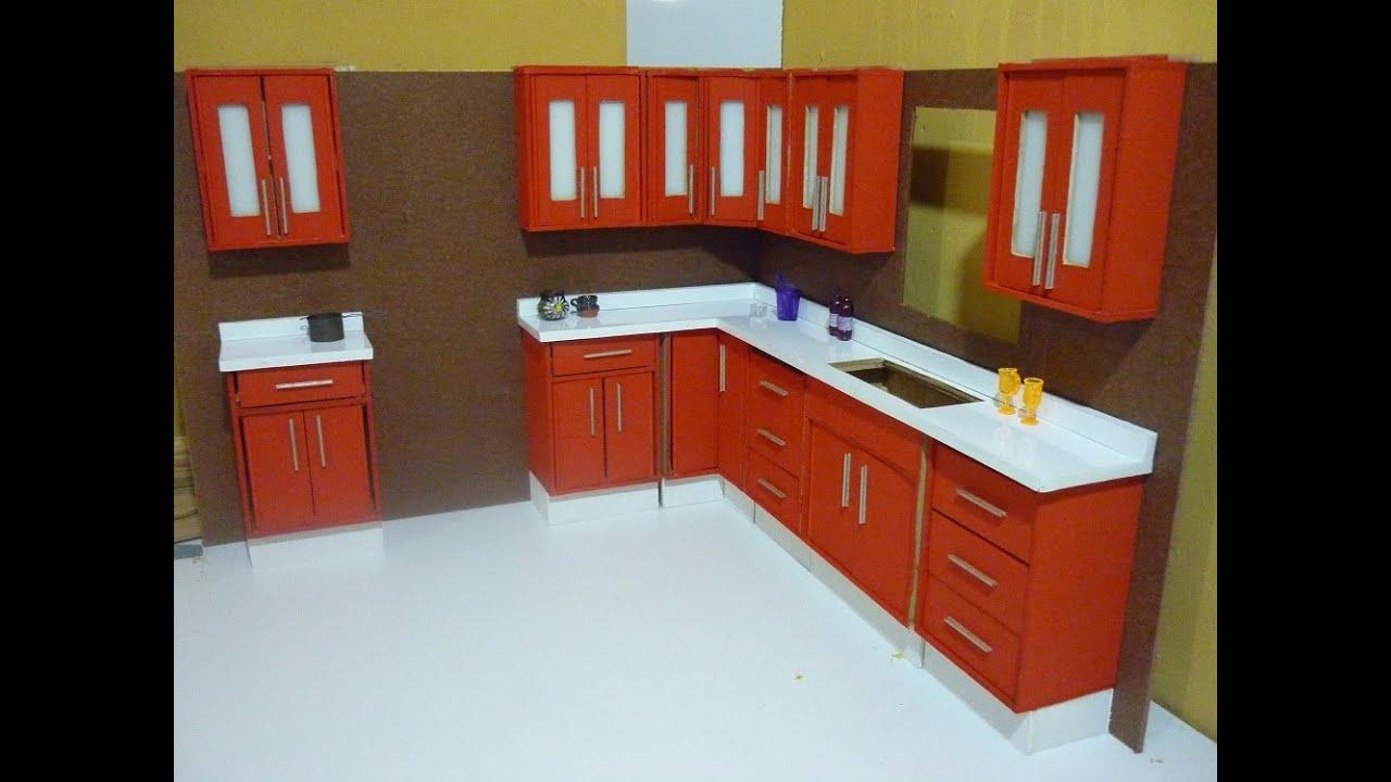 Como hacer una cocina para mu ecas alacenas youtube for Como hacer muebles para cocina