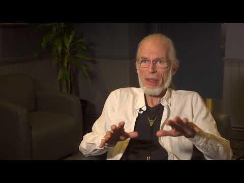 Topographic Drama - Steve Howe Q&A 2/9 & Machine Messiah (live excerpt)