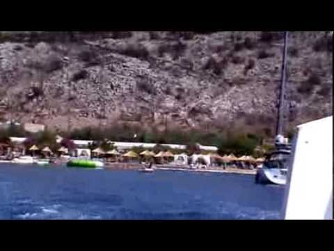 Hydra - A maritime tour to Mandraki by speedboat.
