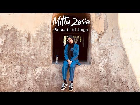 sesuatu di jogja adhitia sofyan cover by mitty zasia