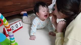 [육아일기] 201일_휴지말이 확성기로 재원이 웃기기