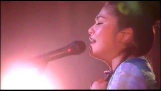 「 月の虹 」 夏川りみ ギター 吉川忠英 作詞:新城和博 作曲:上地正昭...