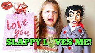 Slappy Loves Me! Slappy Got Me A Valentines Day Present! Valentine Party with Slappy's Family!