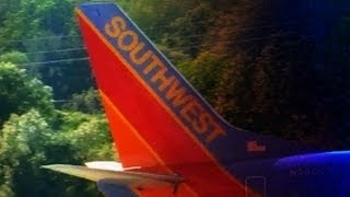 CLASSIC Southwest Airlines Boeing 737-300 Takeoff @ KROC