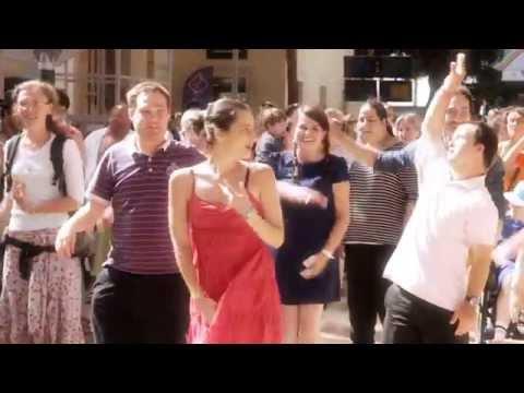You Can Be Yourself - Flashmob De L'Arche (OFFICIEL)