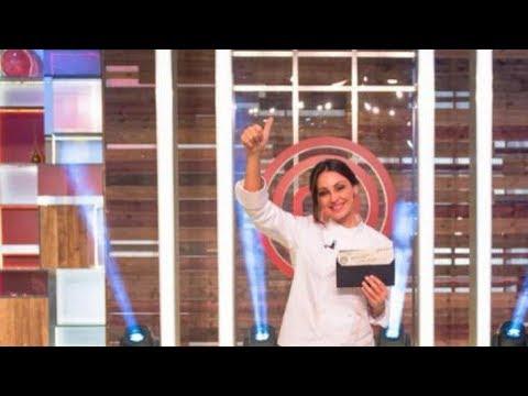 Anna Tatangelo trionfa a Celebrity MasterChef Italia: lacrime e annuncio su Fb