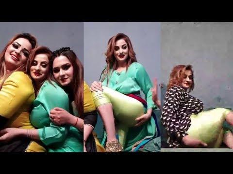 Afreen Khan Hot Pakistani Mujra Actress Talking To Fanz 1