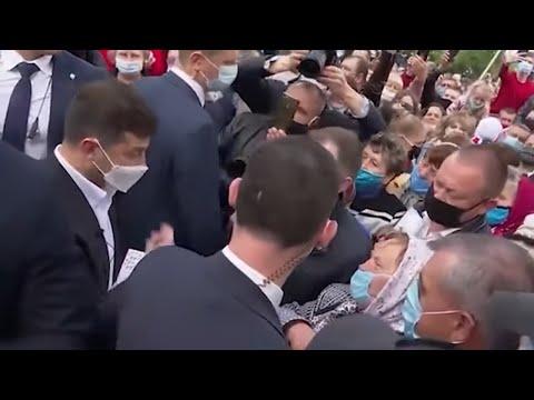 Такого еще не было! Президент Украины приехал в село к обычным людям