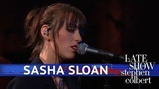 Sasha Sloan Performs Older