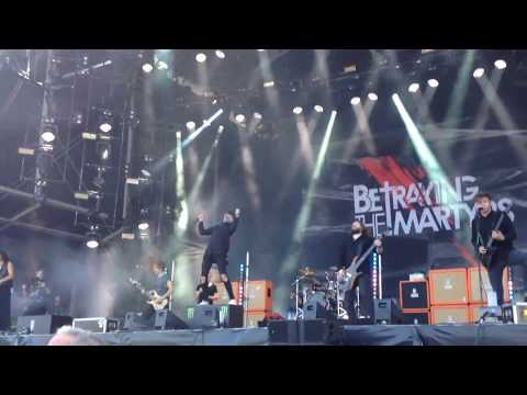 BETRAYING THE MARTYRS GRATUIT