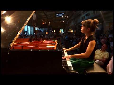 """After Bismillah"" (Severim ben seni) Sufi Song // Joanna Goodale // Live in Berlin"