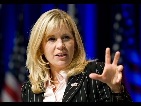 Liz Cheney Has No Heart For a Crushing Defeat in Senate Rate