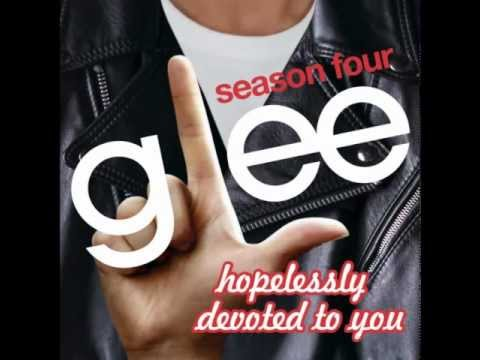 Hopelessly Devoted To You - Glee (MP3 DOWNLOAD)