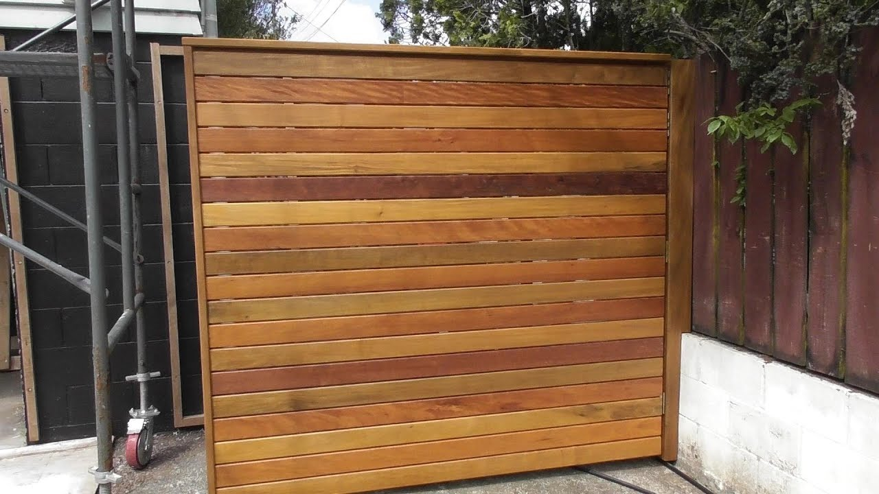 Hardwood Privacy Screen | Moving Outdoor Wooden Screen ...