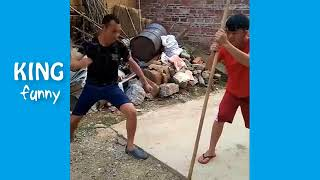 Chinese Funny Clips 2017   Funny videos 2017 funny pranks try not to laugh chall