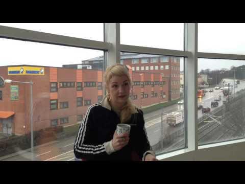 """Intervju med konstnär Åsa Elieson om verket """"Vi, de levande"""""""