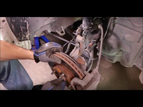 How to Replace Shocks and Struts in a Nissan Sentra B16 – 2007 – 2012