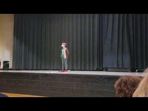 Sammy sings Frosty the Snowman