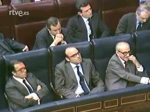 Adolfo Suárez: Programa especial TVE para la investidura.