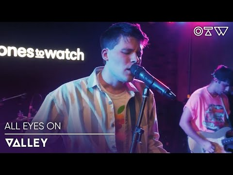 """Valley – """"A Phone Call In Amsterdam"""" (Live) 