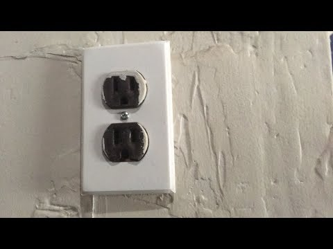 3D Printing Short #25 - Ultimaker 3 - Power Outlet Cover