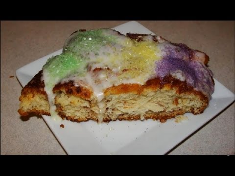 How to Make a King Cake for Mardi Gras - EASY!