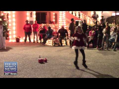 Little Miss Paradise At St George's Santa Claus Parade, December 13 2014