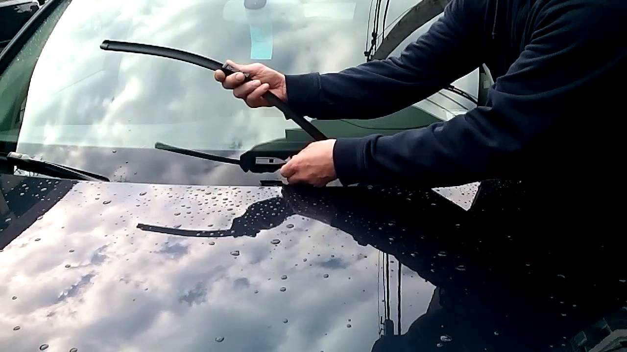 How to replace AUDI Q5 Q7 wiper blades  YouTube