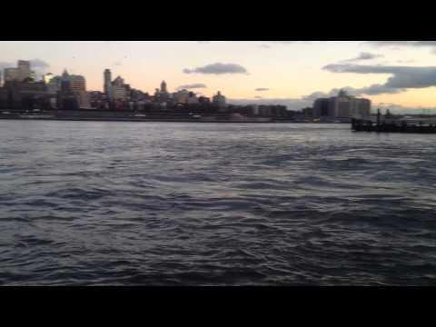 Manhattan Brooklyn Bridge Shore Vew Wallabout Bay South street cross