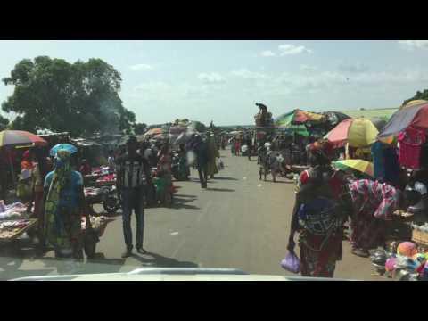 Highway from Kankan to Siguiri in Guinea