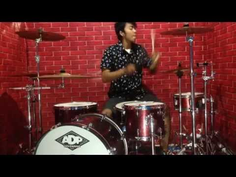 ADP - Blink 182 - Feeling this (drum cover)