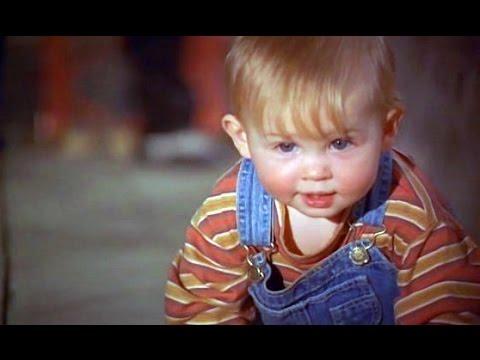 Младенец на прогулке, или Ползком от гангстеров - Сцена 8/8 (1994) HD
