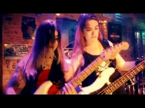 Iron Ladies - Wasted Years (Mult Cam) HD (Brazilian Cover Band)