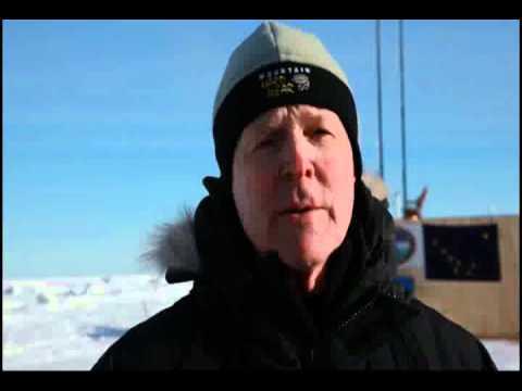 Navy Secretary visits Arctic Lab, ICEX #4