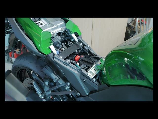 Kawasaki Ninja 1000SX upgrades 4. Refitting the fairing and (almost) last upgrades.
