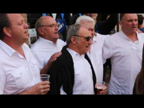 Los deu carrerót - Hegoak - Agen