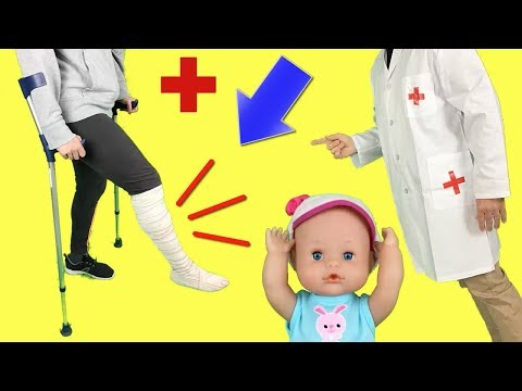 24 horas siendo mamá con muletas de mis muñecas bebés Nenuco Lola y hermanitas Peppa y Elsa