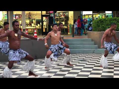 Fiji - Polynesian night