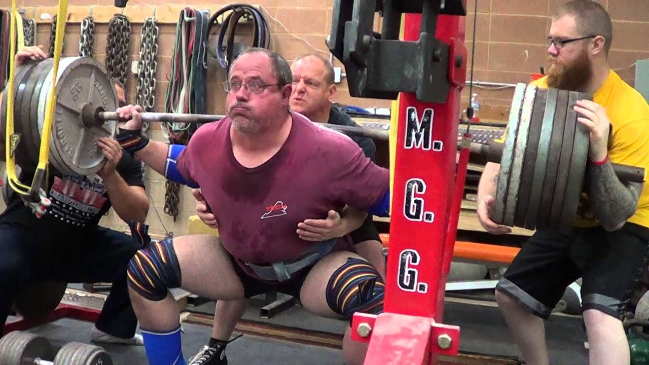 Mgg rob keyes lb walkout squat at years old man