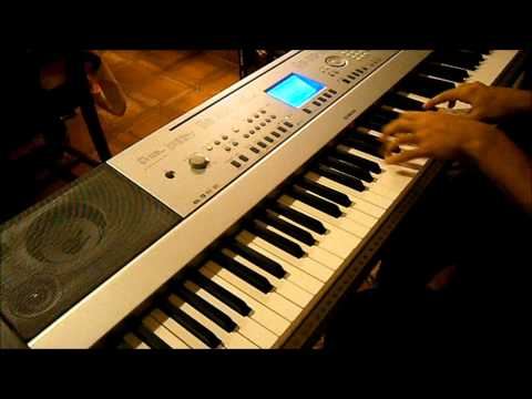 Payphone  (Maroon 5)  on piano  (Yamaha DGX 640)