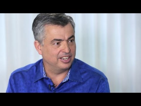 Eddy Cue on Apple TV: Customers Should Be Able to 'Buy Whatever They Want, However They Want'