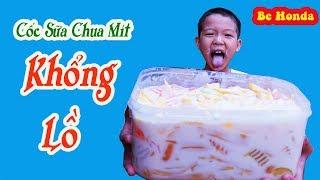 Giant Yogurt - Khổng Lồ, Bé Chế Biến Cốc Sữa Chua Mít Khổng Lồ cho cả Phố ăn !