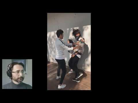 Barış Özcan TikTok Slowmo videoları izliyor