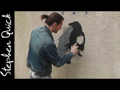 SPRAY PAINTING A RAVEN ON A WALL | Street Art // Stephen Quick