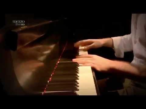 Gretchen Parlato - Alan Hampton - Aaron Parks - Mark Guiliana  Live at Lotos Jazz Festival 2013
